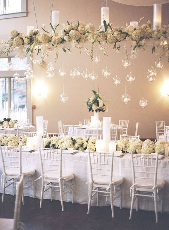 white wedding table arrangement