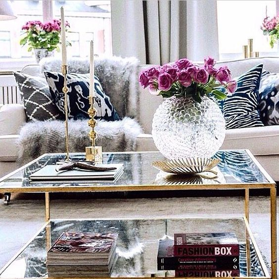9 glam ideas for an elegant living room daily dream decor - Center table decoration ideas in living room ...