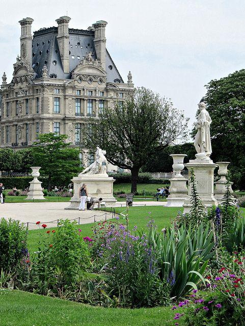 Tuileries, Paris garden