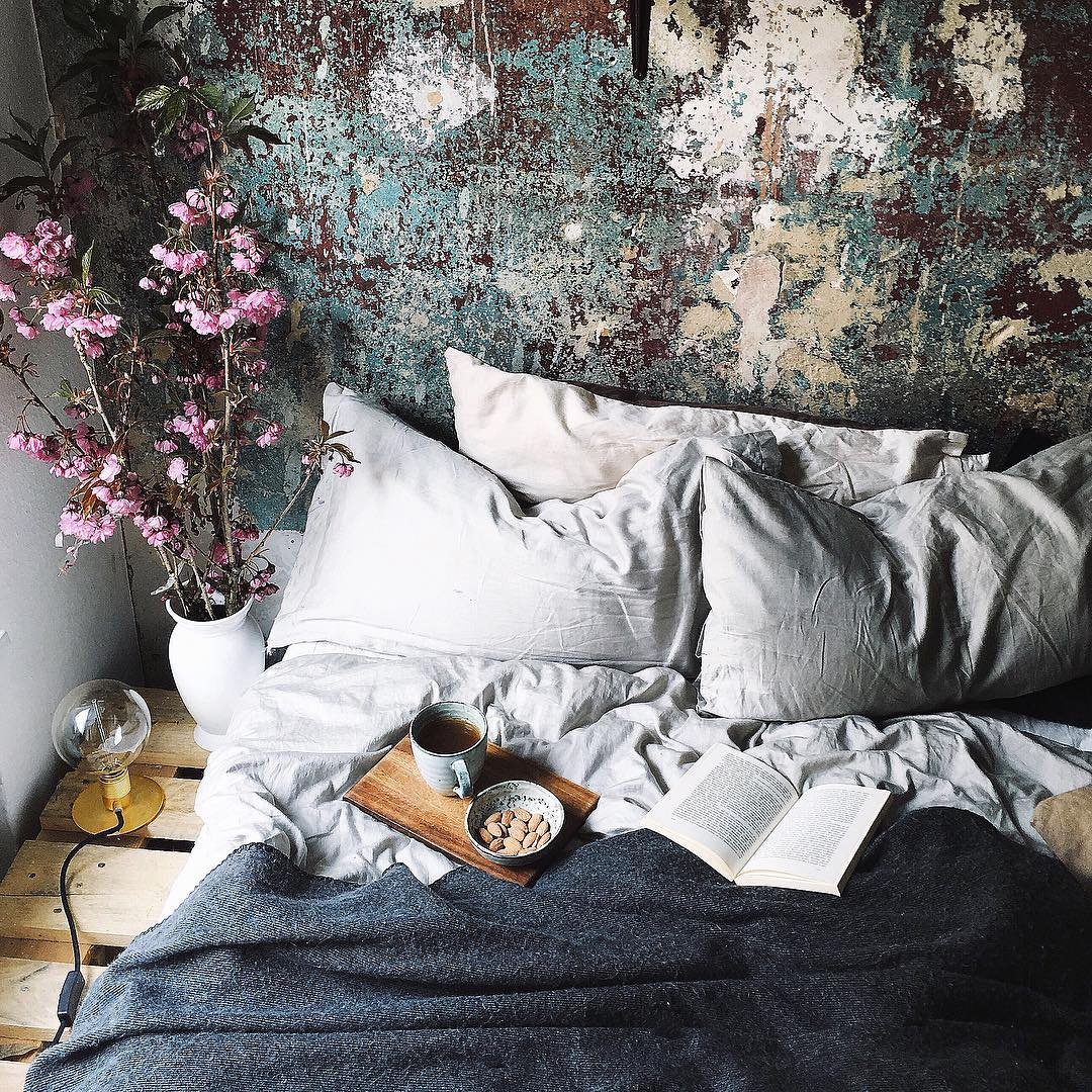 Insta dreamy bohemian bedroom daily dream decor for Decor dreams