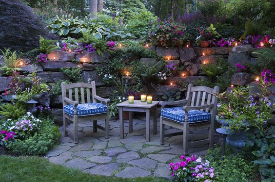 Easy ways to create a stunning low maintenance garden for Creating a low maintenance garden