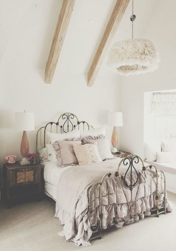 8 Slendid vintage rooms