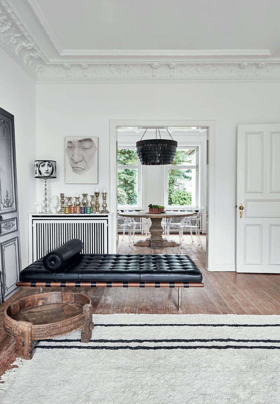 Stunning renovated Hamburg townhouse DailyDreamDecor @denisaluntraru