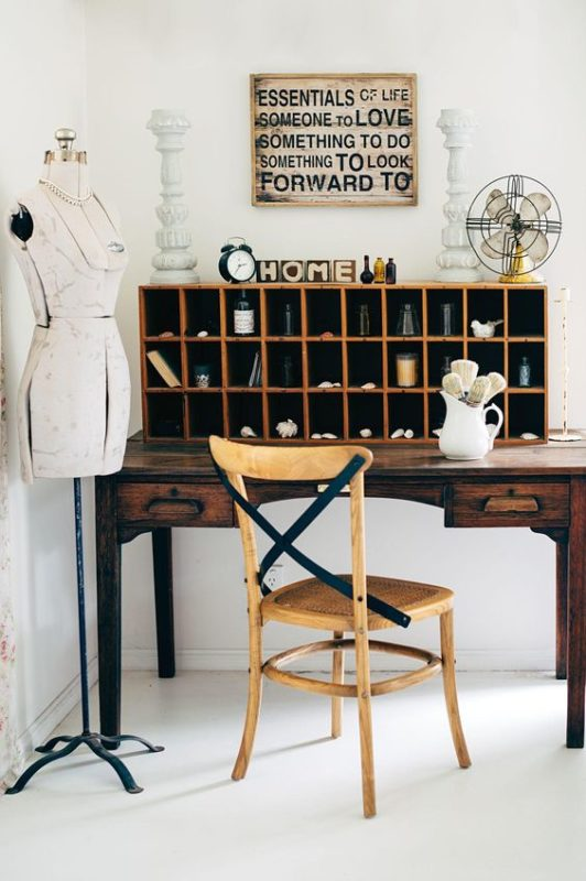 vintage-office-mannequin