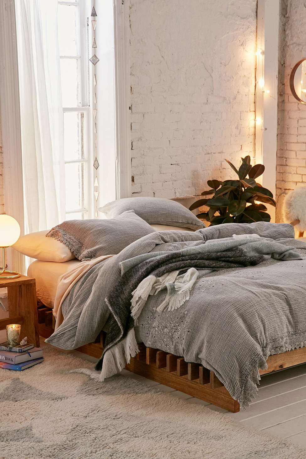 urban-outfitters-bed-spread