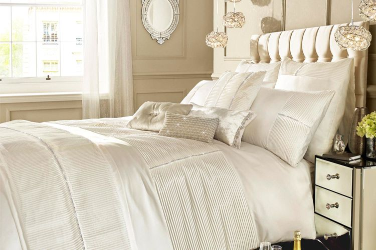 Three dreamy & cozy bed linens for fall