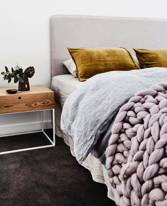12 Reason that prove velvet is the biggest decor trend right now