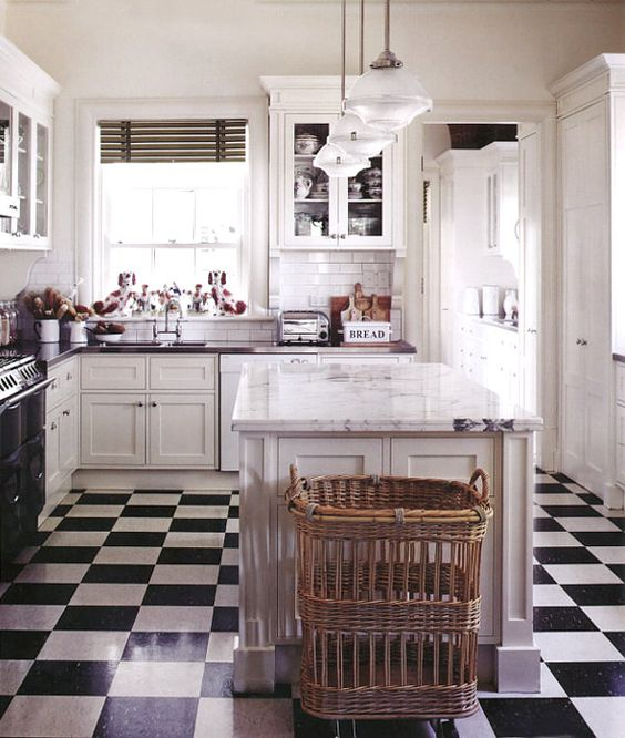 dreamy kitchen black and white tiles