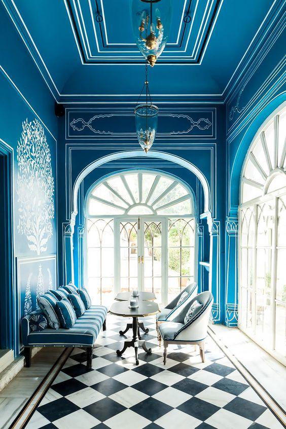 sophisticated interior 4