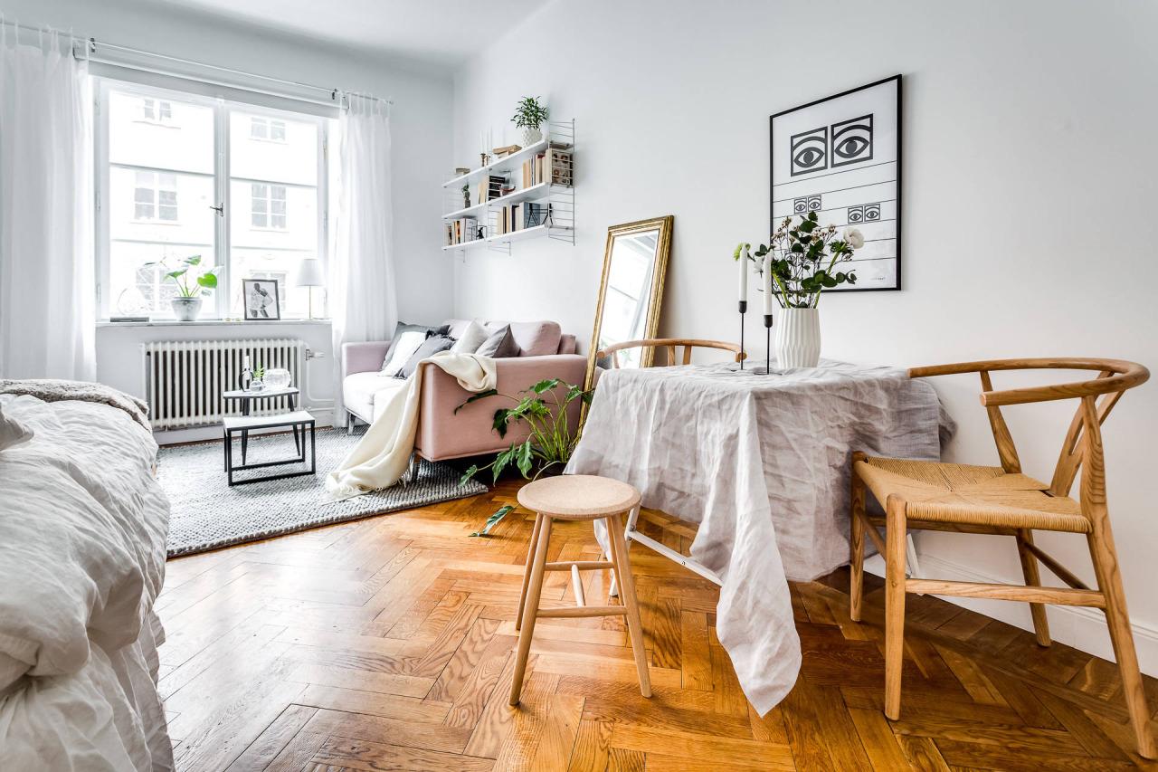 Tiny Charming Studio Apartment In Stockholm