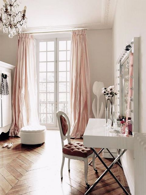 pink parisian space