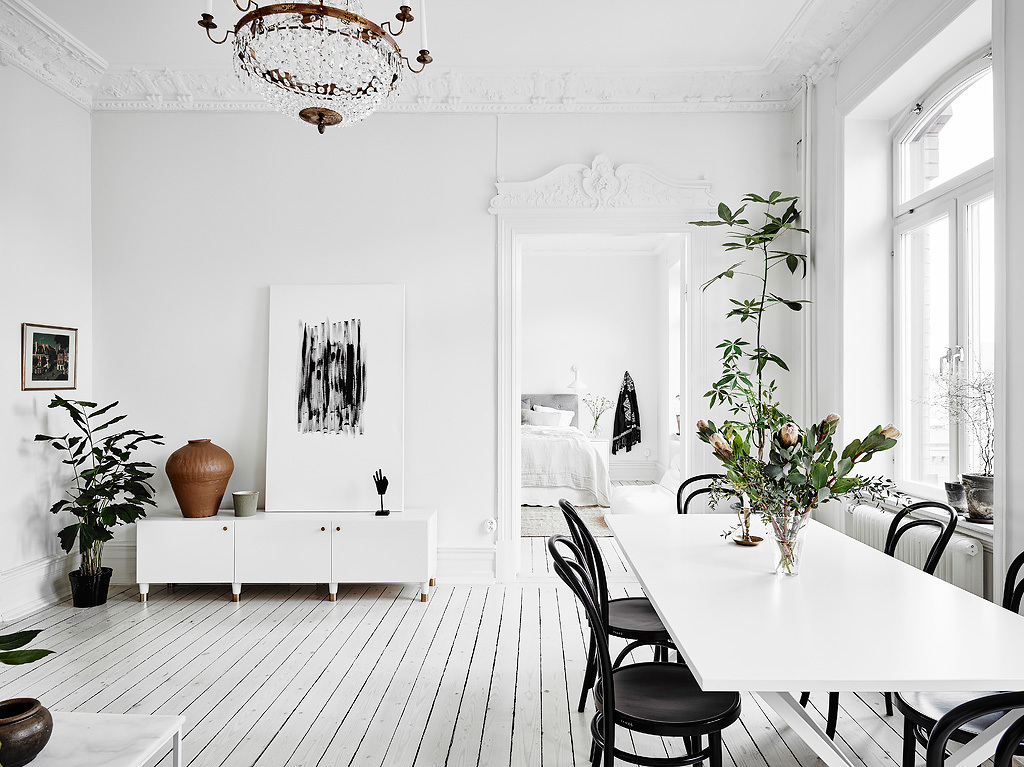 dreamy white apartment2