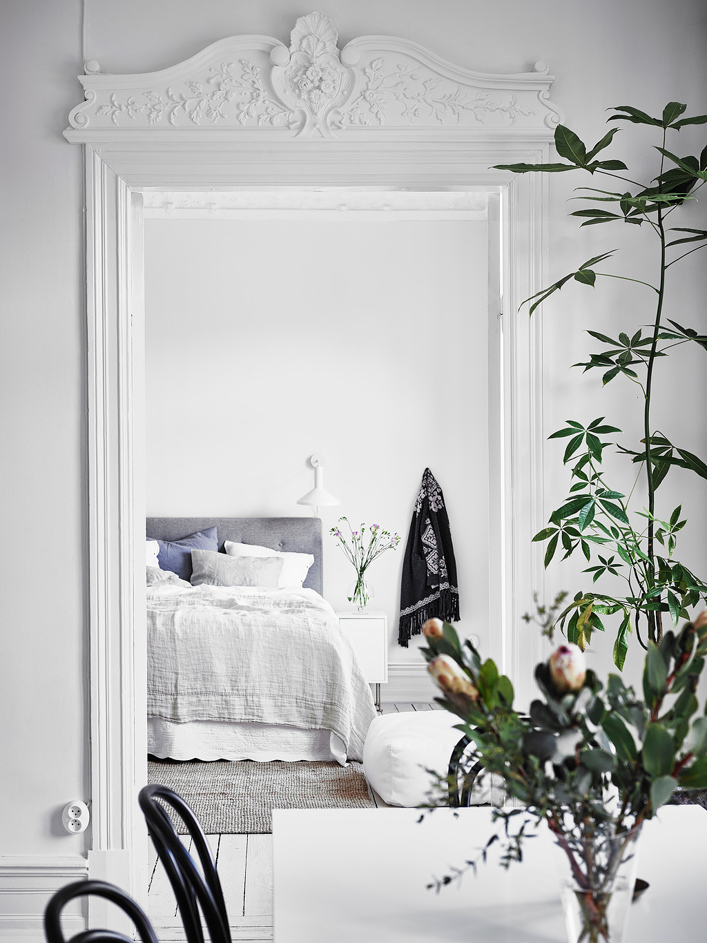dreamy white apartment9