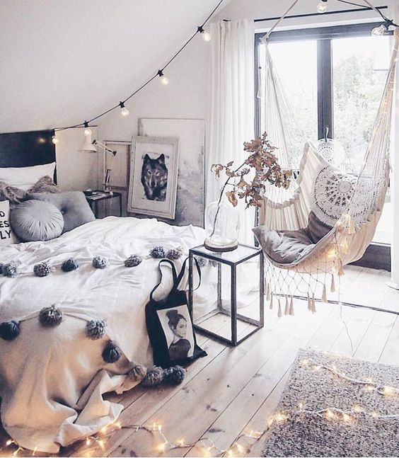8 Nostalgic Bedrooms Just Perfect For Fall
