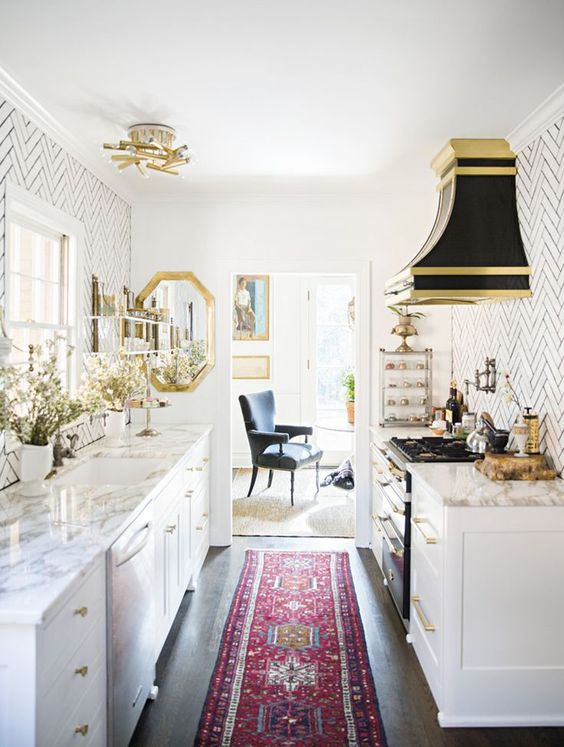 5 Key Deco Items That Can T Miss From A Parisian Chic Kitchen Daily Dream Decor
