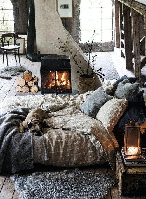 8 Cozy Charming Bedrooms That Will Make You Want To Snooze All Around The Winter