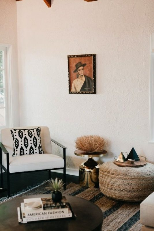 Artsy Living Room: 8 Artsy Rooms That Will Get You Started In Redecorating