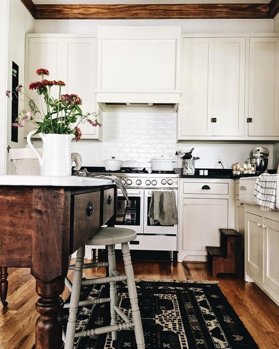 7 Boho Kitchens That Will Make You Dream This Fall