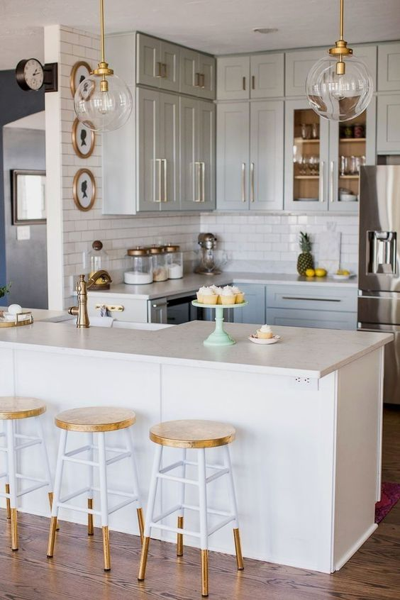 Then, Decorate Everything In A Neutral Way To Make Them The Focus Of The  Room. You Can Also Pick Normal Neutral Chairs And Paint Them In White And  Gold For ...