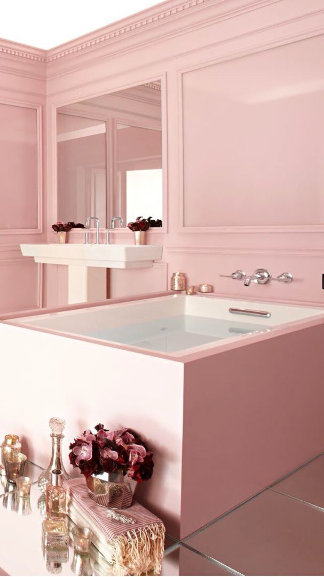 5 Pink bathroom ideas for a splendid and pampering holiday ...