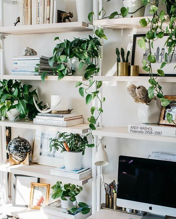 The Lazy Stacked Wall 7 Reasons We Love This New Living Room Organizing Trend Daily Dream Decor