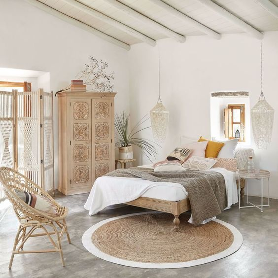 Unique Bedroom Ideas Preserving The Cozy Vibe In Style: 8 Romantic Bedrooms For A Lazy Weekend
