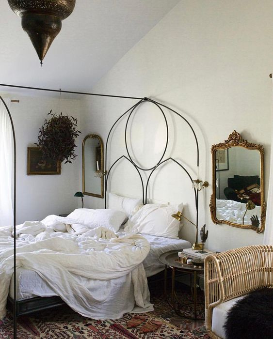 Make A Single Bedroom Special With A Super Stylish: 8 Romantic Bedrooms For A Lazy Weekend