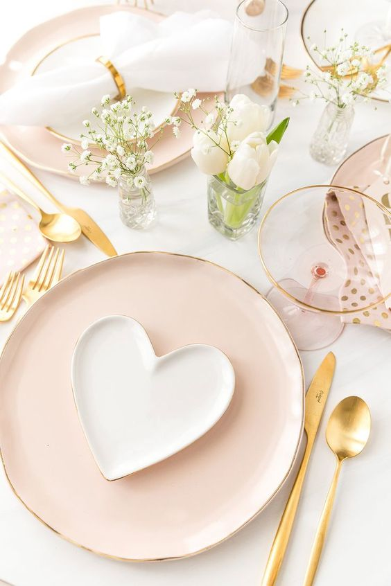 5 Romantic diner settings just in time for Valentine's Day