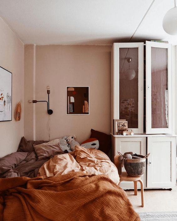 7 Pink and brown interiors – the nostalgic and calm combo ...
